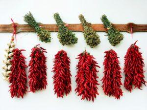 Gewürze verlieren mit der Zeit an Aroma und Geschmack (Bild:Pixabay/schaerfsystem)